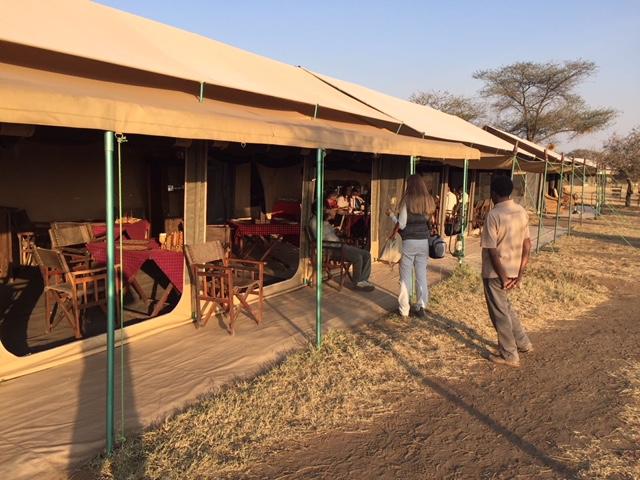 Restaurante de Serengeti Bush CampParque del Serengeti