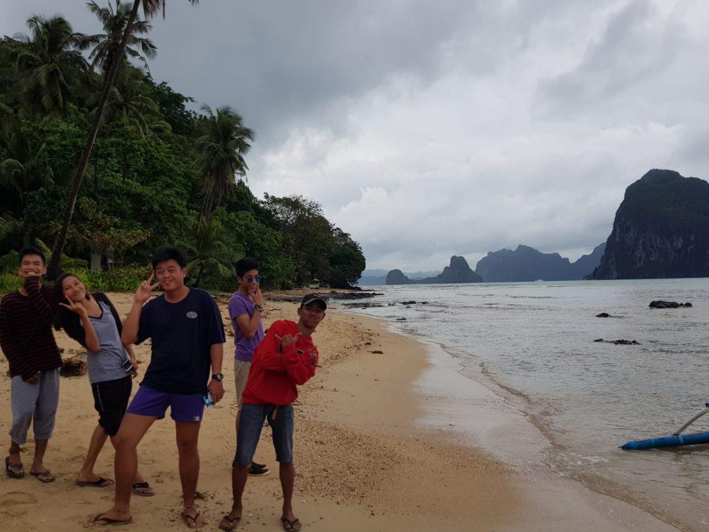 filipinos espontáneos en nuestra foto