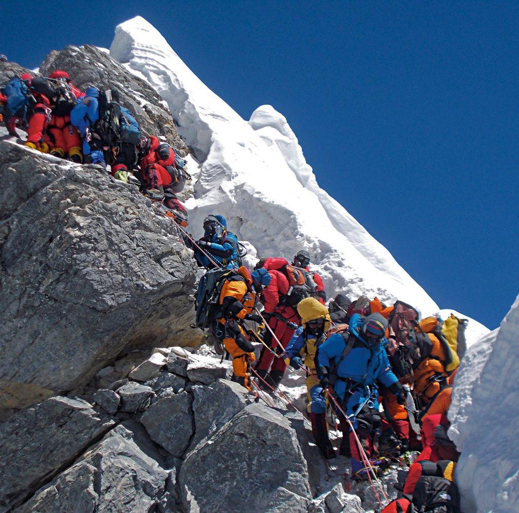 cola en el Everest
